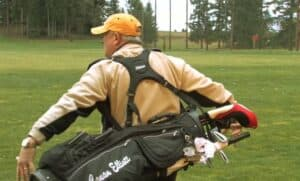 how to carry a golf bag with two straps